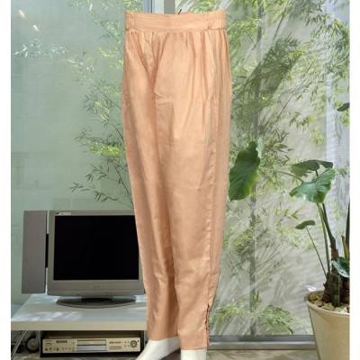 Beige Capri Trouser With Buttons On The Side