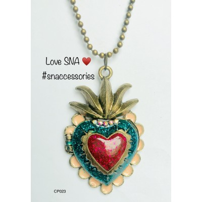 Charming Heart Box Pendant With Long Chain