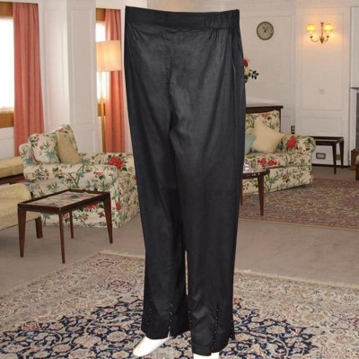 Black Capri Trouser With Beats On The Front and Sides